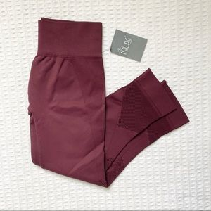 NWT Nux network Capri Pinot size large